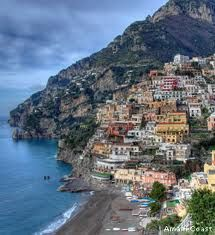 Go to southern Italy and eat. Just do it. [Sorrento] Sorento Italy, Italian Honeymoons, Southern Italy, Italy Country, Wonderful Places, Beautiful Places, Amazing Places, Romantic Places, Beautiful Scenery