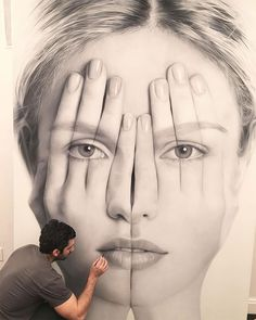 Tigran Tsitoghdzyan creates stunning, large-scale portraits that are a haunting combination of hyperrealism and surreality, offering a visual interpretation of how everyone exposes themselves on social media. #painting