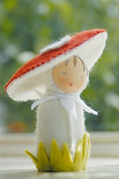 Toadstool doll - De Witte Engel Felt Doll Kits - The Purl Bee - Knitting Crochet Sewing Embroidery Crafts Patterns and Ideas! Waldorf Crafts, Waldorf Dolls, Softies, Felt Mushroom, Purl Bee, Felt Fairy, Clothespin Dolls, Nature Table, Little Doll