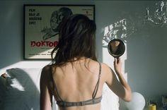 Imagem de girl, mirror, and photography New Wave, Film Aesthetic, My Vibe, Film Stills, Grunge Outfits, Film Photography, Concept Photography, Pregnancy Photography, 90s Grunge