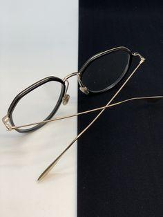 Round Glass, Glasses, Bracelets, Jewelry, Fashion, Fashion Styles, Eyewear, Moda, Eyeglasses