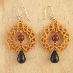 Boucles d'oreilles ANADE miel faits main latino. Bijoux fait main ethnique chic.