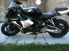 2006 Honda CBR1000F Sportbike , silver, 20,000 miles for sale in CLEVELAND , MS