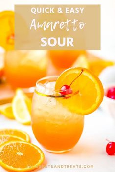 Make a this classic Amaretto Sour cocktail at home with just a few ingredients! This favorite cocktail recipe is sure to be a favorite by everyone at your party! It's a great option that everyone loves. Disaronno Drinks, Vodka Drinks, Cocktail Drinks, Beverages, Whiskey Drinks, Alcoholic Drinks, Yummy Drinks, Whisky Sour Cocktails, Malibu Drinks