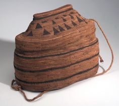 Africa | Lidded basket from the low Congo region (Belgian Congo) | Plant fiber and cord | c. 1910
