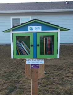 This Habitat for Humanity little free library was installed on J and Margaret in Deer Park, WA. Happy birthday Kat!! Built by Little Library Builder of Spokane. www.littlelibrarybuilder.com Little Free Libraries, Little Library, Free Library, Little Books, Deer Park, Habitat For Humanity, Habitats, Shed, Happy Birthday
