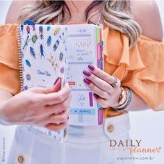 Invista em seus sonhos, o Daily Planner te ajuda a chegar lá! Compre online • paperview.com.br #dailyplanner #meudailyplanner #lifeplanner #thassianaves #papelariafina #paperview_papelaria