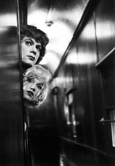 Marilyn Monroe and Tony Curtis in Some Like it Hot (1959)