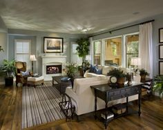 Traditional Family Room Design. Smaller rooms feel cozy & warm ~ <3