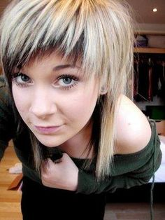 exactly like this except brown on top and green on the bottom and just the bangs.