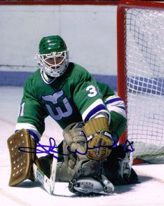 Hartford Whalers, Nhl, Football Helmets, Hockey, Sports, Earth, Game, Vintage, Hs Sports