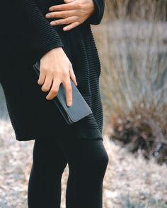 Federmäppchen / Stifte-Etui 012 in M, Leder Schwarz Bags, Fashion, Black Leather, Chic, Scale Model, Table Desk, Handbags, Moda, Fashion Styles