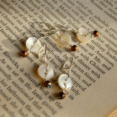 earl Stitch Markers Crochet Antique Button by AntiqueButtonJewelry, $11.00