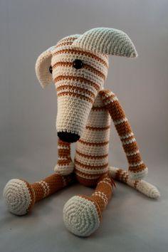 Galgo tejido con ganchillo / Greyhound woven por Amigupi en Etsy, €50.00 Handmade
