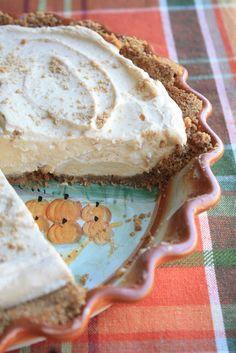 Creamy Pumpkin Pie with Biscoff Cookie Crust by Munchkin Munchies.