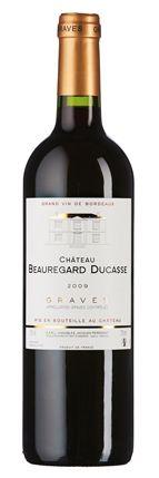 Château Beauregard Ducasse 2009:  Duft nach dunklen Beeren, Kräutern und feiner Toastwürze, frischer Fruchtgeschmack mit zupackenden Gerbstoffen und schlankem Abgang.