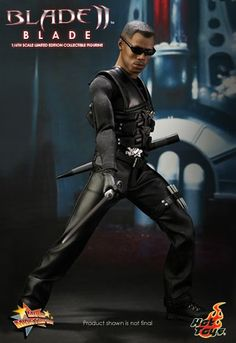 Hot Toys is proud to announce the latest collectible from our Marvel series – a vampire hunter who is half-man and half-vampire that becomes the protector of humans against the vampires – the… Blade Marvel, Marvel Dc, Marvel Comics, Werewolf Vs Vampire, Blade Movie, Videogames, Predator Movie, Figure Poses, Figure Photography