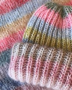 Knitting Ideas, Knits, Knitted Hats, Knitwear, Knit Crochet, Photo And Video, Handmade, Photos, Crafts