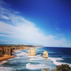 Great Ocean road: day 3 the 12 Apostles....again #sky #sea #waves #clouds #greatoceanroad #sealover #oceanlover #ocean #blue #sunny #instacool #instamood #portcampbell #12apostles #roadtrip #frenchiesinaustralia #australia2016 by brdastrid http://ift.tt/1ijk11S