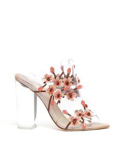 Spring 2016 Accessories: New York [Premium] Shoe Boots, Shoes Sandals, Fashion Shoes, Fashion Accessories, Embellished Shoes, Bride Shoes, Shoe Art, Floral Fashion, Trends