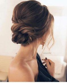 Quiero este peinado en mi proximo shooting! @tonyastylist . . #peinado #peinados #recogido #recogidos #peinadosdemoda #hairstyle #boda…
