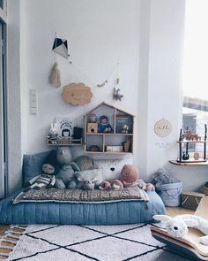 8 gift ideas for a stylish nursery - HomeCNB Childrens Room Decor, Kids Decor, Home Decor, Decor Room, Scandinavian Kids Rooms, Scandinavian Style, Mattress On Floor, Room Decorations, Kid Spaces
