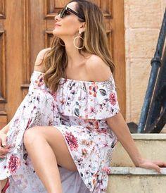 Αποκάλυψη της Δέσποινα Βανδή: Αυτή είναι η Θαυματουργή Δίαιτά που την κάνει να έχει κoρμί που Κόβει την Ανάσα. | Type Magazine Floral Tops, Rompers, Celebrities, Casual, Dresses, Women, Sports, Fashion, Vestidos