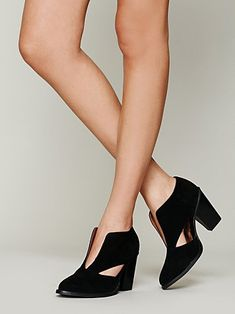 ++ deep v ankle boot