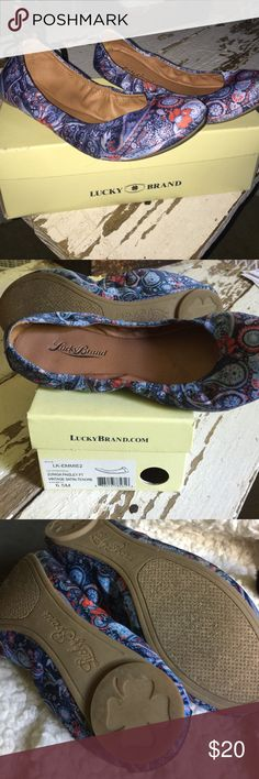 Lucky Brand Emmie2 flats. 6.5. Blue/red paisley Lucky Brand size 6.5 Emmie2 flats. Zuniga Paisley Vintage Satin. Blue and red. Like new, box included. Lucky Brand Shoes Flats & Loafers