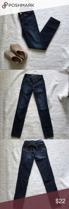 Skinny Jeans Distressed skinned jeans. American Eagle Outfitters Jeans Skinny
