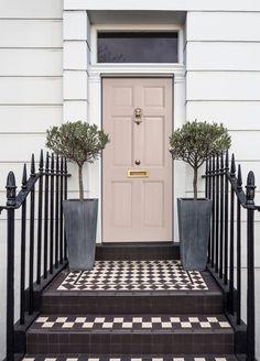 Painted Exterior Doors, Exterior Door Colors, Front Door Paint Colors, Exterior Front Doors, Entry Doors, Front Door Entry, Farrow And Ball Front Door Colours, Entryway, Front Door Steps