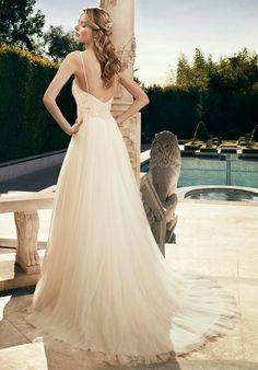 Casablanca Bridal Fall 2014   bellethemagazine.com