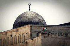 Al aksa mosque Palestine History, Palestine Art, Mecca Islam, Rare Historical Photos, Islamic Phrases, Beautiful Arabic Words, Islamic Architecture, Islamic Pictures, Abstract Wall Art
