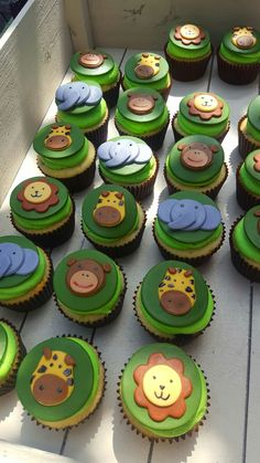 Jungle Safari Animal Themed Custom Cupcakes Perfect For A Baby Shower Or Birthday Party