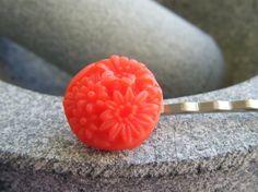 VINTAGE RED ROUND FLOWER  silver bobby pin hair slides £3.00