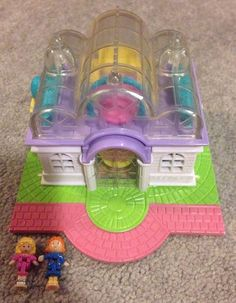 Hey, I found this really awesome Etsy listing at https://www.etsy.com/listing/167735993/vintage-polly-pocket-bridal-salon