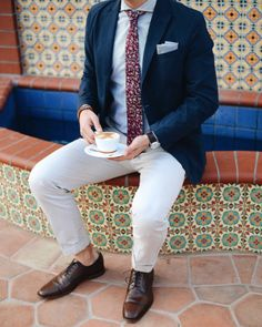 Enter this Menswear Giveaway worth $400 from BowsNTies and Florsheim Shoes!