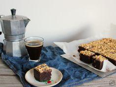 Vegan Brownie, Tiramisu, Waffles, Breakfast, Ethnic Recipes, Food, Morning Coffee, Essen, Waffle