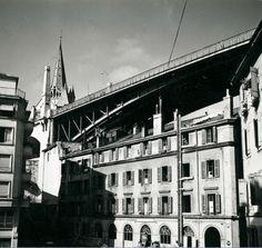 Le pont #Bessières vu depuis la rue Centrale en 1955 Image: Service d'urbanisme de la Ville de #Lausanne Lausanne, Montreux, Service, Old Pictures, Rue, Vintage Posters, Switzerland, Landscapes, Louvre