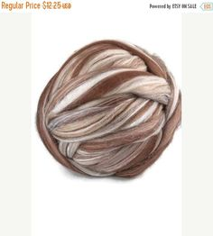 SALE Superfine merino wool roving 19 microns 4 oz,color blend (St-Martin)