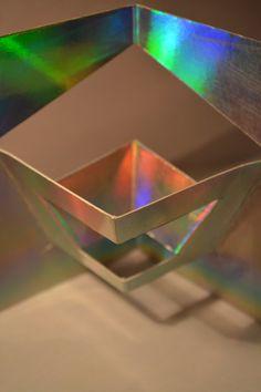 ESTRUCTURAS PLEGABLES 1 eje de simetría experimentando con la generación del volumen
