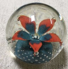WHEATON VILLAGE MILLVILLE ART GLASS PAPERWEIGHT BY JEFF SAMMARTINO-FLOWER