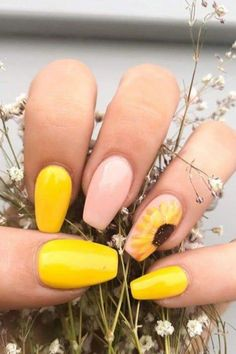 You'll Have a Spring in Your Step After Seeing These 26 Sunflower Nail Ideas 23 Awesome Nail Art Designs Inspired By Pokémon ✔ most sexy and trendy prom and wedding acrylic nails and matte nails for this season 2 Spring Nail Art, Spring Nails, Summer Nails, Nail Ideas For Summer, Hair And Nails, My Nails, Sunflower Nail Art, Yellow Nail Art, Pastel Yellow