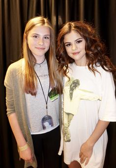 Selena Gomez Tour, Selena Gomez With Fans, Selena Gomez Pictures, Selena Gomez Style, Forever Girl, Disney Channel Stars, Marie Gomez, Hot Outfits, Her Smile