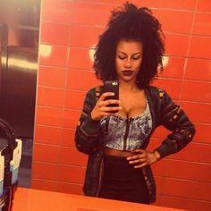 Diamond // 3C Natural Hair Style Icon | Black Girl with Long Hair