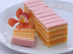 Receptov na výborné punčové rezy nikdy nie je dosť Czech Desserts, No Bake Desserts, Baking Recipes, Cake Recipes, Czech Recipes, Sweets Cake, Fancy Cakes, Sweet And Salty, Something Sweet