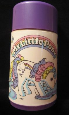 1980-1990 lukujen My littlepony tuotteet, mm. tarrat, astiat, kiiltokuvat, ponit, lelut tms. Kaikki <3