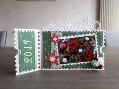 Nicolette's kaarten Mini Scrapbook Albums, Mini Albums, Diy Cards, Christmas Cards, Ticket Card, Marianne Design, Stencils, Christmas Wreaths, Studio