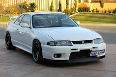 Race cars and track toys for sale, and a track days calendar. Nissan Skyline Gtr R33, Nissan R33, 2015 Nissan Gtr, R33 Gtr, Classic Japanese Cars, Tuner Cars, Jdm Cars, Nissan Infiniti, Dream Cars