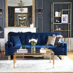 Un canapé en velours bleu cosy, Nv Gallery